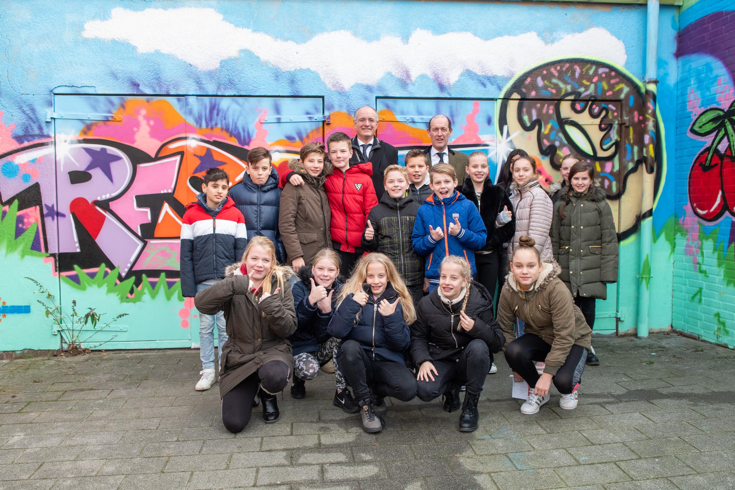 Burgemeesters bezoeken Stichting Move project!